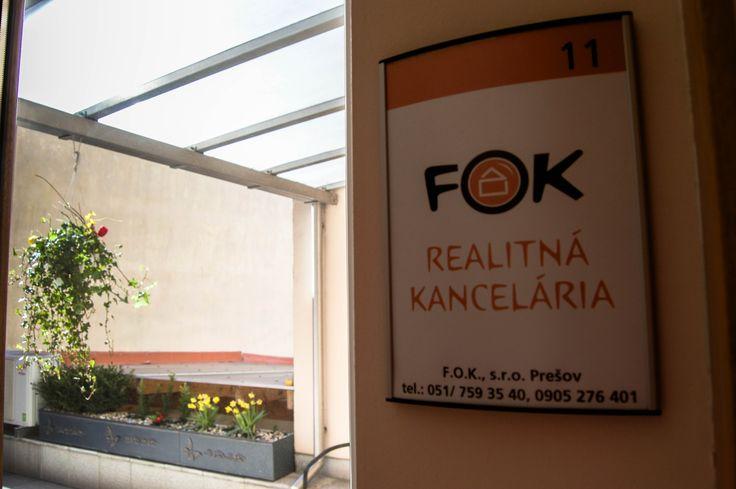 FOK Realitná kancelária. Nájdete nás na 1. poschodí v budove RIVUS.