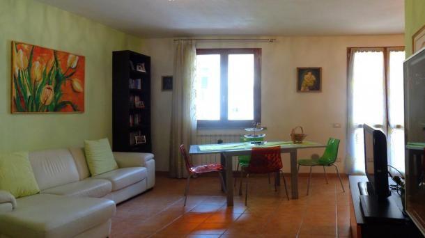 Vendita Appartamento 3 vani con garage taverna e giardino a Cascina, località Casciavola. Per info e appuntamenti Diego 050/771080 - 348/3259137