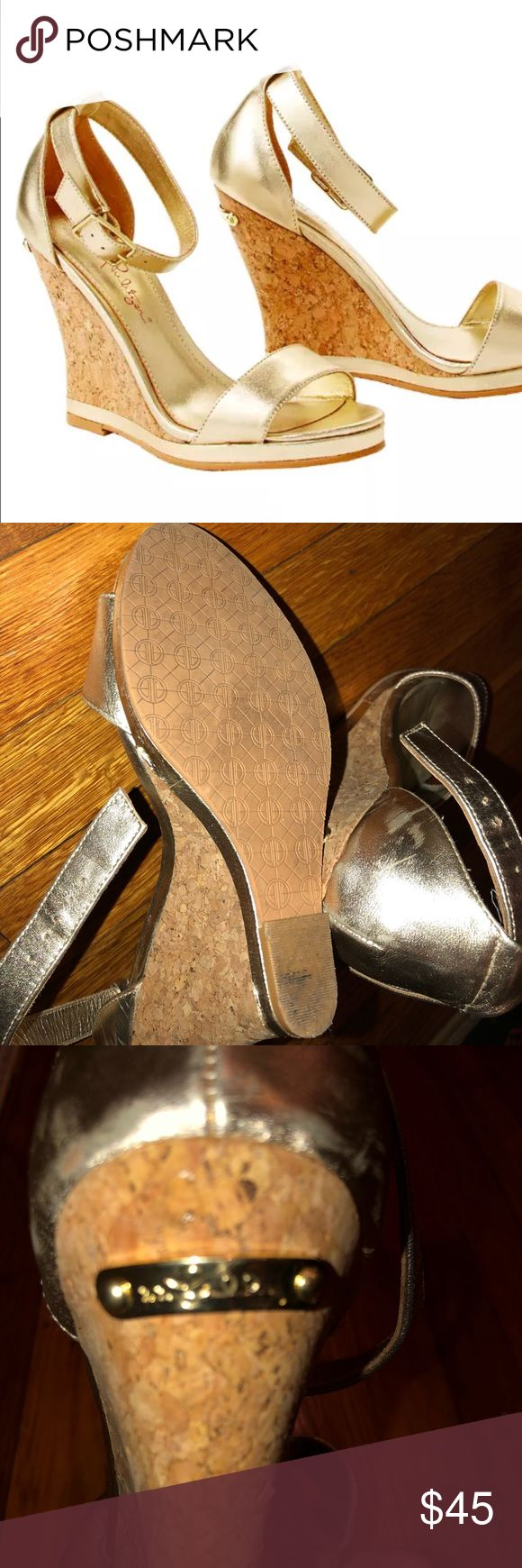 Lilly Pulitzer gold metallic wedge sandals These shoes are still in good condition. They show signs of being worn. They are coming from a smoke free house, pets free. Please ask any details before purchasing Lilly Pulitzer Shoes Wedges