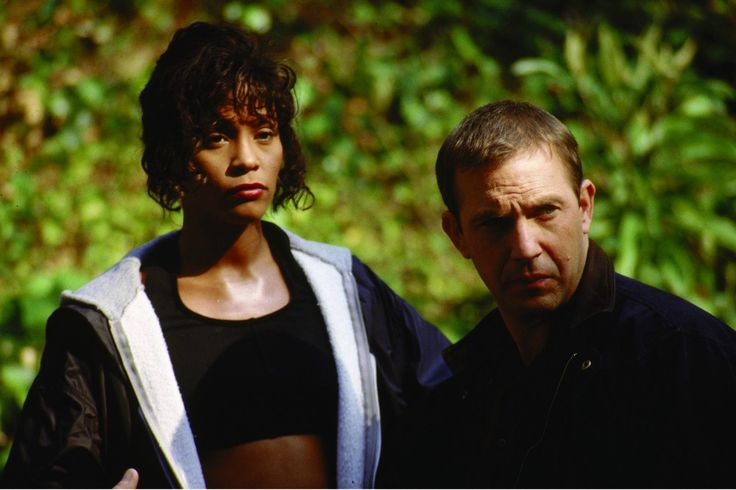 Still of Kevin Costner and Whitney Houston in The Bodyguard (1992) http://www.movpins.com/dHQwMTAzODU1/the-bodyguard-(1992)/still-208449536