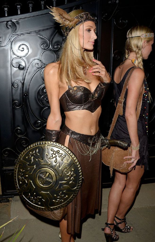 Paris Hilton – Casa Tequila Halloween Party in Beverly Hills : Global Celebrtities (F) FunFunky.com