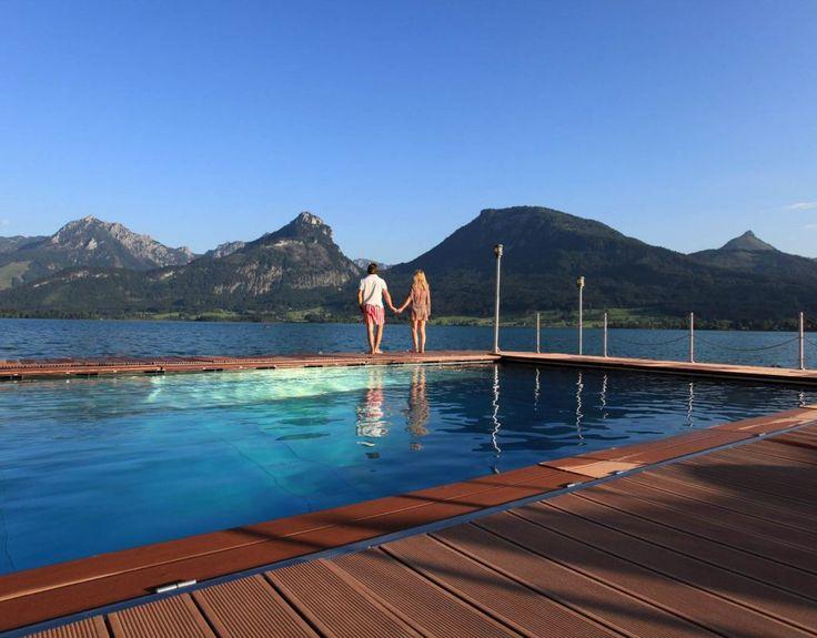 Das SPA im See mit dem ersten schwimmenden Whirlpool der Welt ist das Herzstück des 1.500 m² Wellnessbereichs mitten im Wolfgangsee.