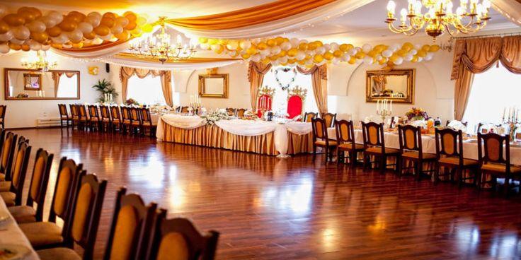 Organizacja wesela - sprawdź ile możesz wydać na swoją uroczystość. W tym artykule opiszemy ile wydasz na poszczególne elementy twojego wesela.