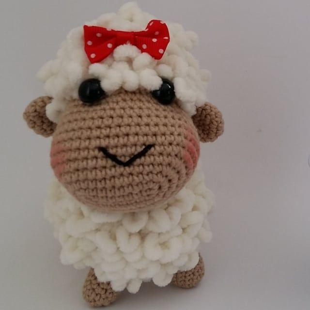 Cute Sheep Free Pattern in 2020 | Crochet sheep free pattern ... | 640x640
