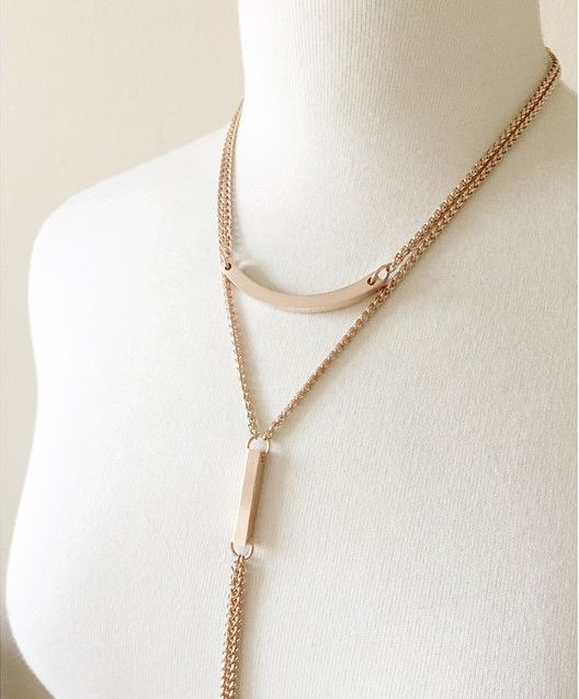 Rose Gold ARC and DIVER necklaces layered | Liel and Lentz #Jewelry #Necklace #Gold #Minimal #Fashion #Modern