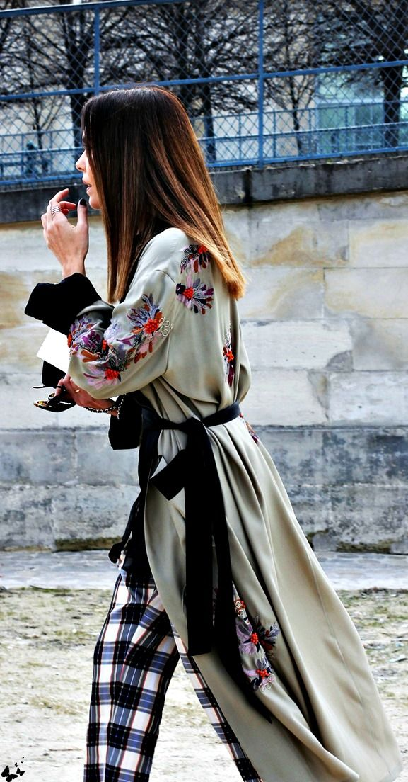Embroided long kimono… the muster piece this season.