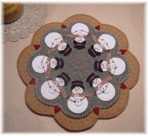 Snowmoms Penny Rug Candle Mat PDF E-PATTERN