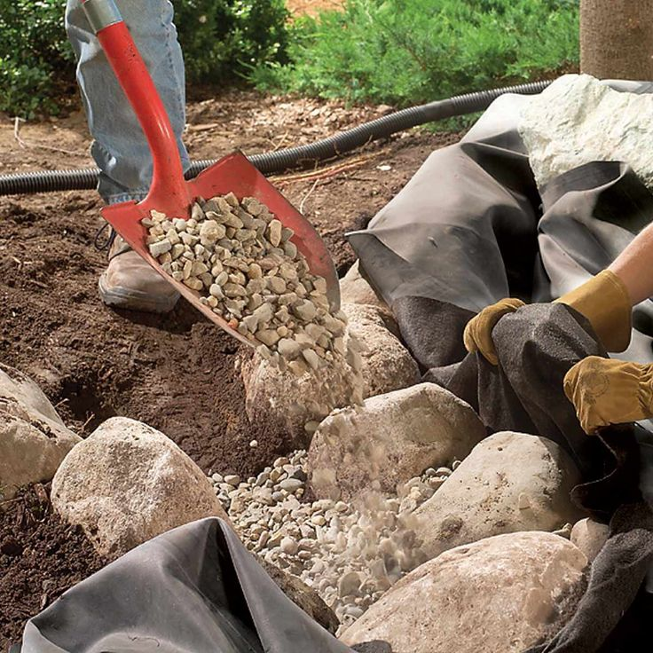 How To Build A Low Maintenance Pond Small Backyard Ponds 400 x 300