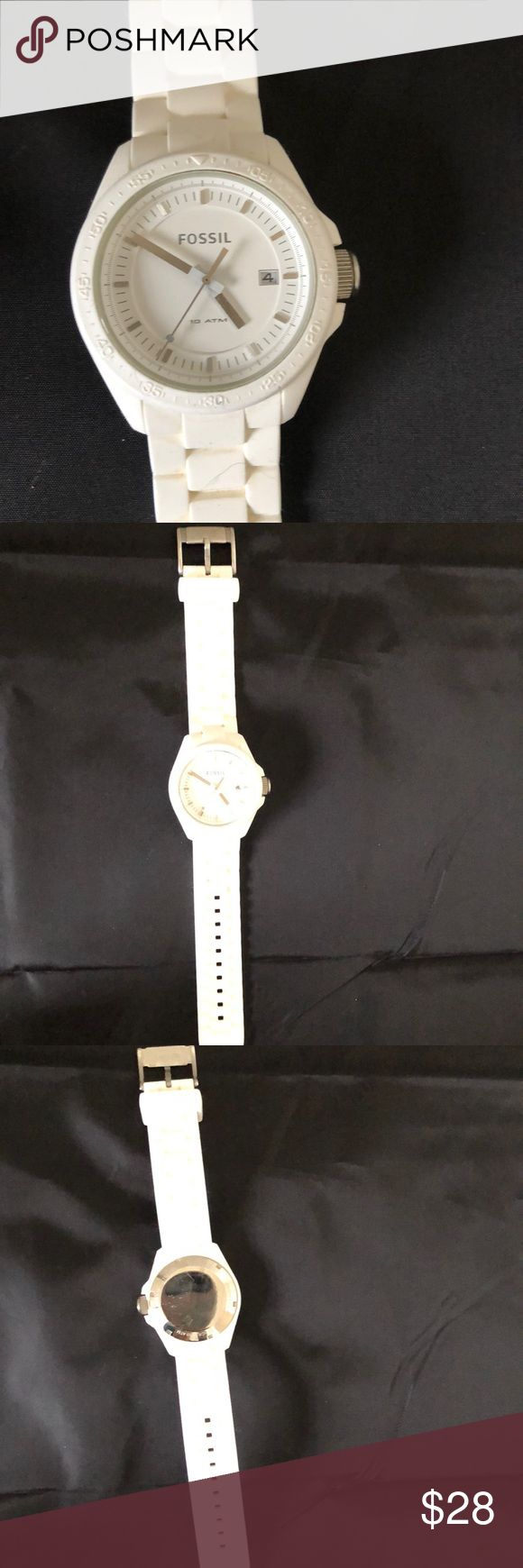 Fossil White Rubber Watch Like new Fossil white rubber watch. Fossil Jewelry