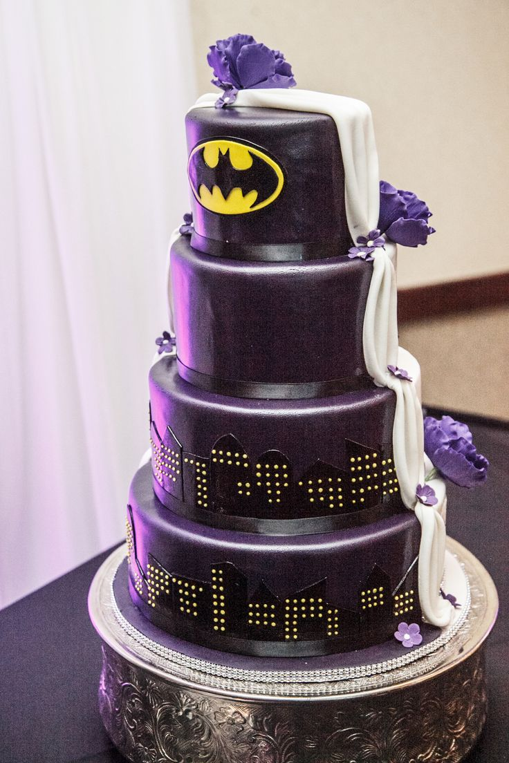 Half traditional/Half batman wedding cake!!