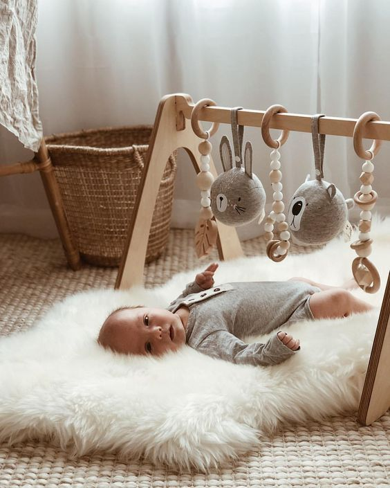 25 French Baby Names that will Have Your Kid Feeling Très Chic – Baby