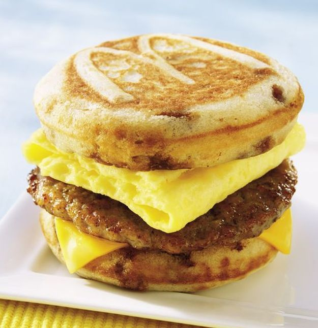 12 McDonald's Copycat Recipes You Need Right Now | http://homemaderecipes.com/12-mcdonalds-copycat-recipes/
