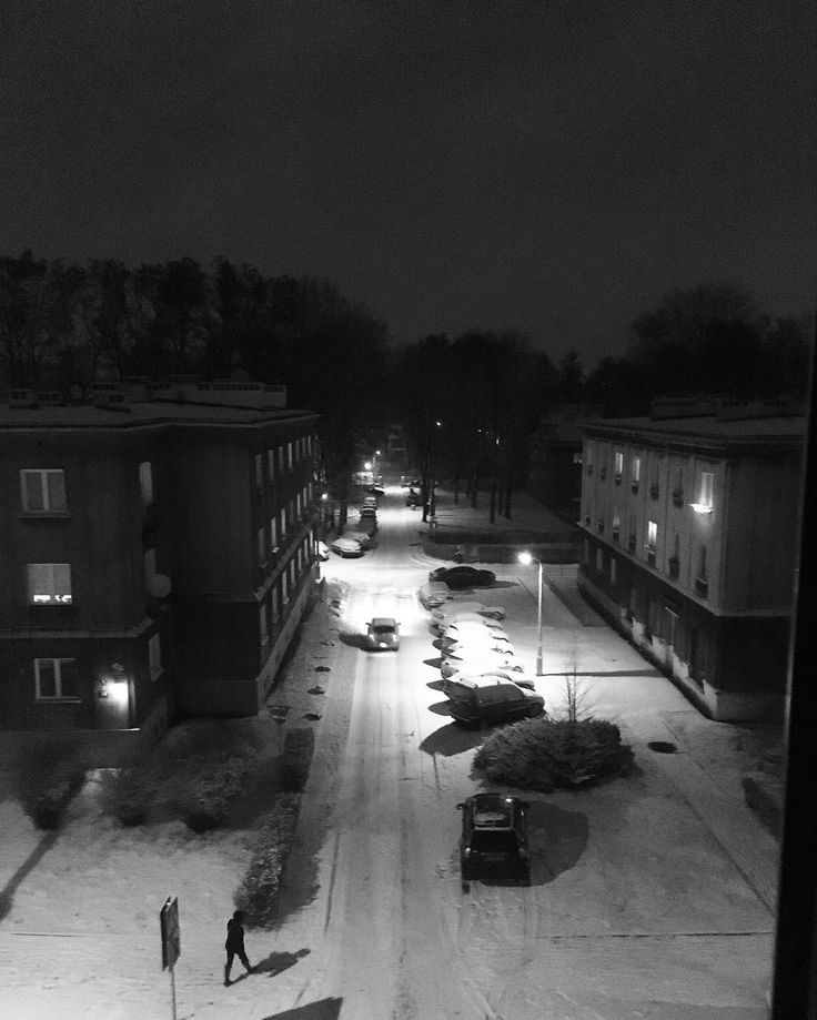 #nowahuta w śniegu. #snow #winter #city #lights #blackandwhite #urban #krakow