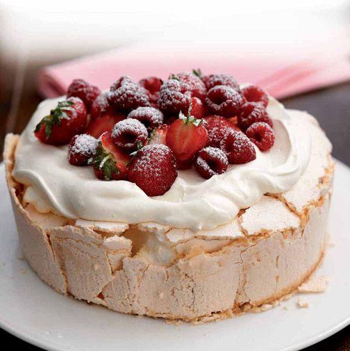 NEFF - CookingPassion Blog: Ricette e consigli per te che ami cucinare : Torta Pavlova con_frutti di bosco e crema
