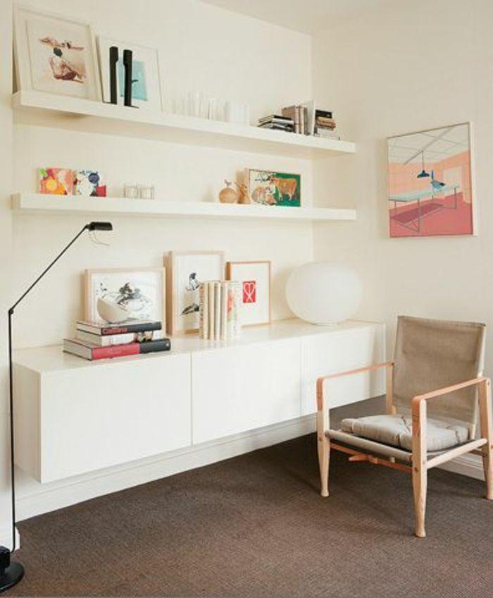 lampe décorative noire, étagère pour le mur, coin de travail bureau domicile, moderne