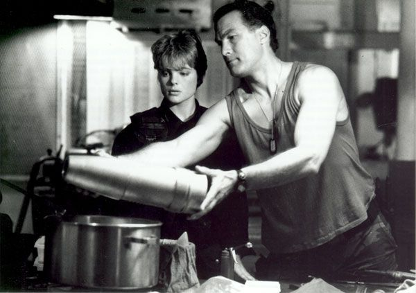 Pictures From Under Siege Erika Eleniak | Steven Seagal, Erika Eleniak - Under Siege