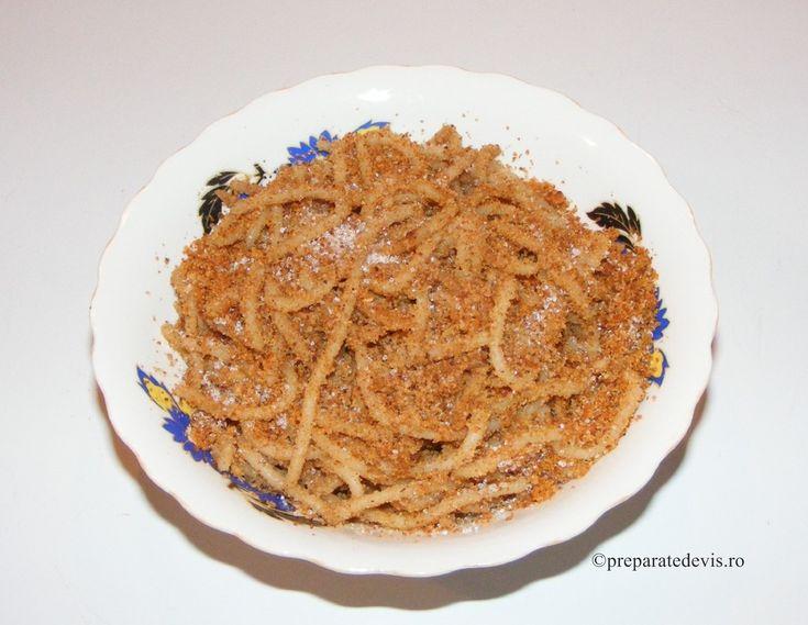 Spaghete cu pesmet si zahar
