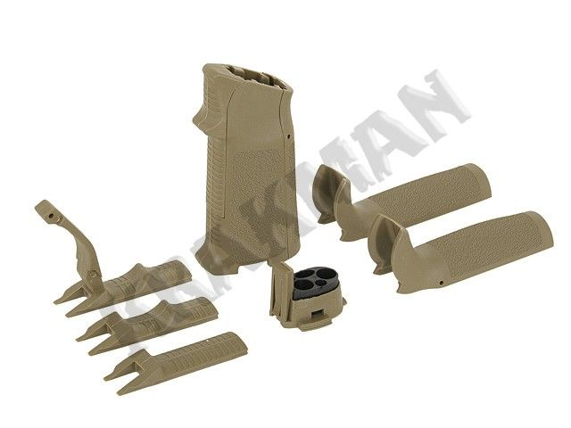 Pistol grip with exchangeable pads for M4 WA - coyote - Taiwa...