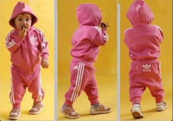 Сортивный костюм для новорожденных