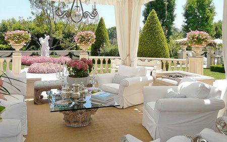 Beautiful outdoor sitting area (Real Housewives of Beverly Hills' Lisa Vanderpump). Maybe one day...
