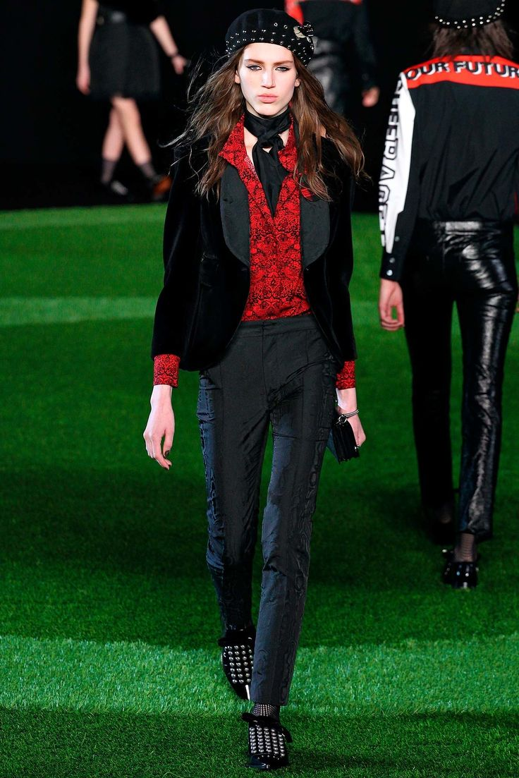 Marc by Marc Jacobs Fall 2015 Ready-to-Wear Fashion Show - Sabina Lobova