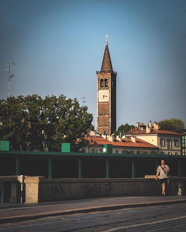 Clock tower in Milan  #onthemove #milanocity #clocktower #italianlandscapes #wonderful_places #Italianlandscapes #worldshotz #earthfocus #entdeckeitalien #milan #hello_worldpics  #ig_shotz_travel #ilikeitaly #italietourisme #lombardia_reporter #sheisnotlost #alitalia #inlombardia #dametraveler #europe_vacations #places_wow #instaitalia #bbctravel #FramesOfItaly #mrsthebestfeatures #beautifulmatters #cntraveler #italian_gallery