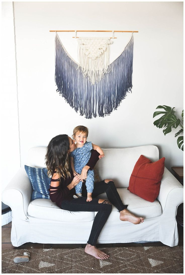 living room wall hangings. The Hollar days  DIY macrame wall hanging need to do this for living room or over the bed h o m e Pinterest Macrame hangings Wall