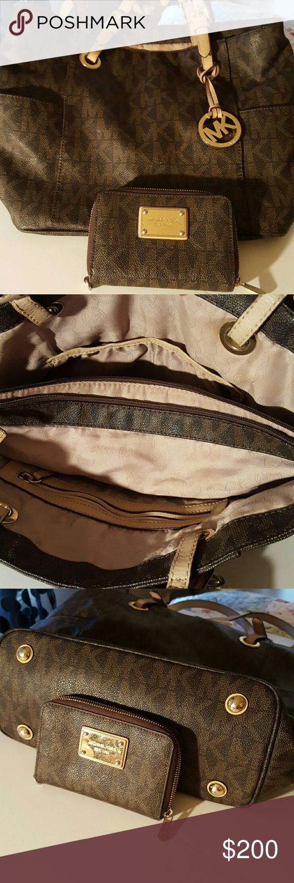 MK BAG IN PRISTINE CONDITION WITH WALLET Gorgeous Brown MK bag n matching wallet Michael Kors Bags Shoulder Bags