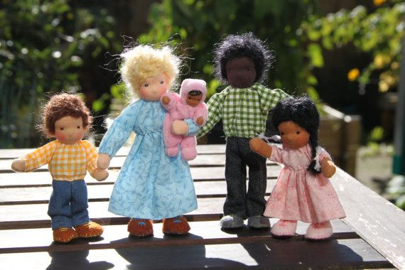 Dollhouse family Waldorf style Family of five by ElineDolls