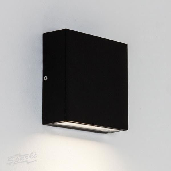 IP54 Elis Single Outdoor LED Wall Lamp in Black using 3 x 1W LED (wall downlight)
