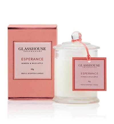 From gentle undulating bays to jaw-dropping cliffs, Esperance goes to extremes with a unique blend of Apples, Flowers and Musk. Close your eyes for an unforgettable nature experience. Although compact, Glasshouse Miniature Candles offer a fragrance experience as generous as the larger candles. Up to 20 hours of burn time.