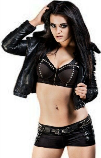 This is my favorite wrestler, Paige <3<3<3