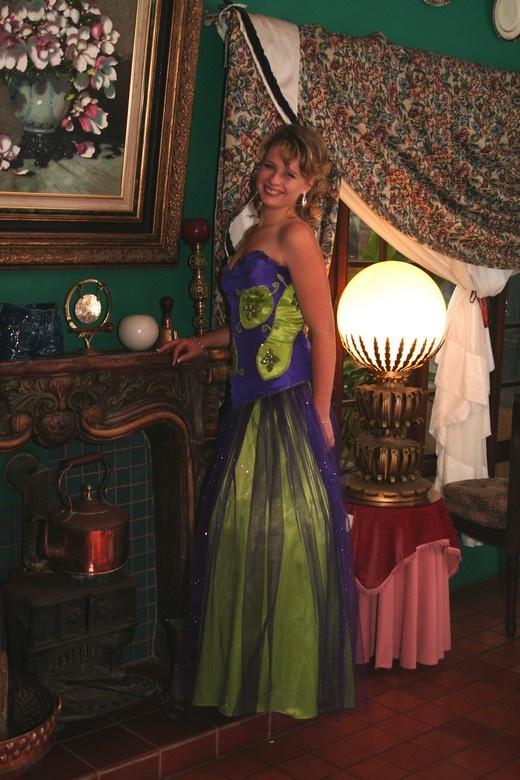 Matric Dress by Stephen Van Belkum at Stephward Estate. Photo taken in the Stephward Restaurant