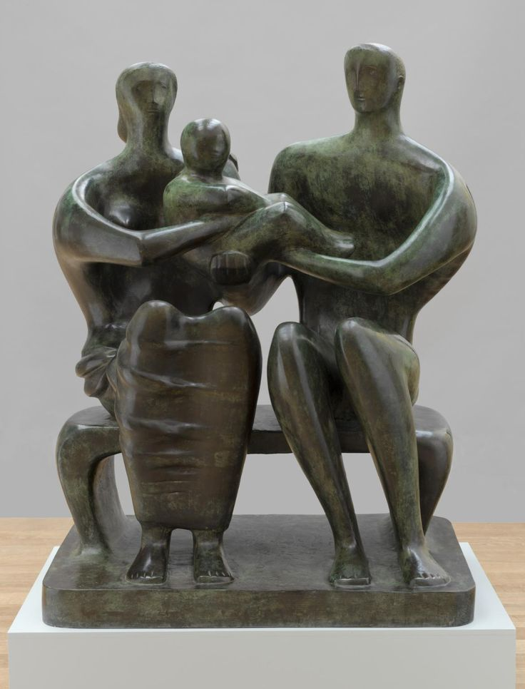 Henry Moore OM, CH 'Family Group', 1949, cast 1950–1 © The Henry Moore Foundation. All Rights Reserved
