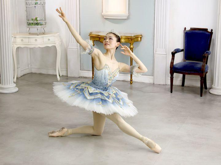 http://balletcostume.net/img/p002.jpg