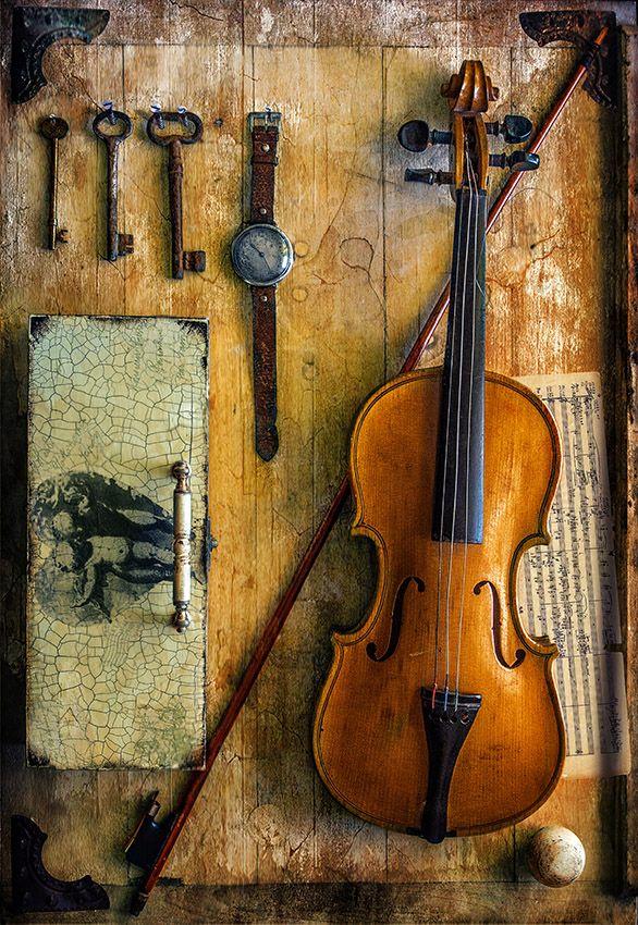 натюрморт, скрипка, ключи