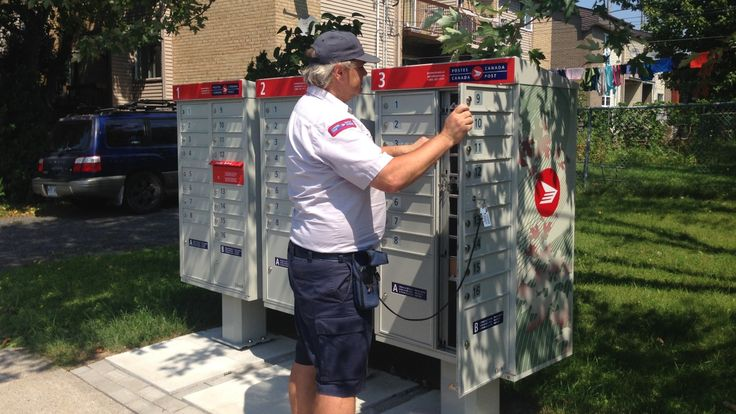 Canada Post is temporarily suspending its controversial community mailbox program. The Crown corporation says it will work collaboratively with the Government of Canada to determine the best path forward.