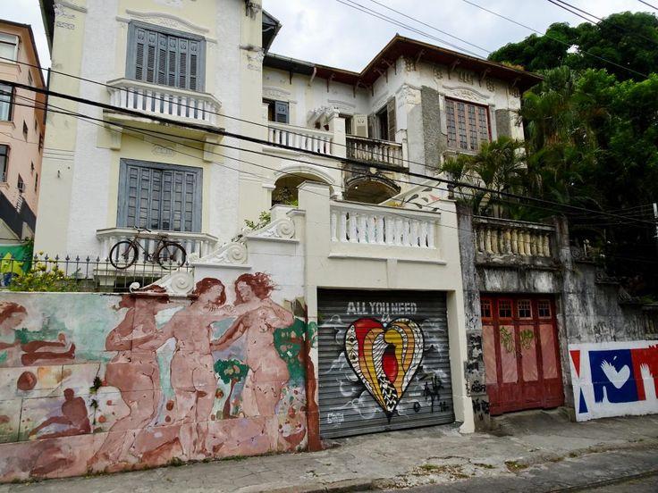 In the streets of Santa Teresa