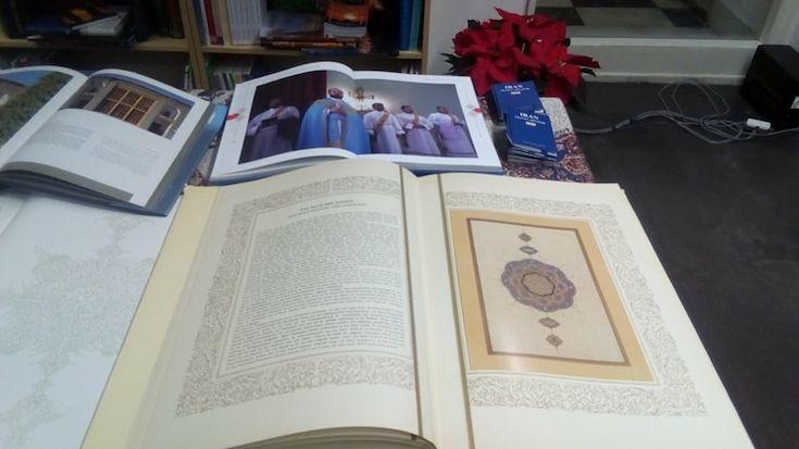 Μαθήματα Περσικής Γλώσσας στο Πάντειο Πανεπιστήμιο - Δωρεά Περσικών Βιβλίων