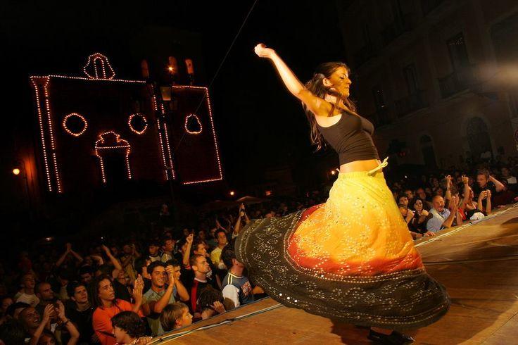 Carpino Folk Festival: parte il festival della musica popolare e delle sue contaminazioni - http://blog.rodigarganico.info/2014/eventi/carpino-folk-festival-parte-festival-musica-popolare-delle-sue-contaminazioni/