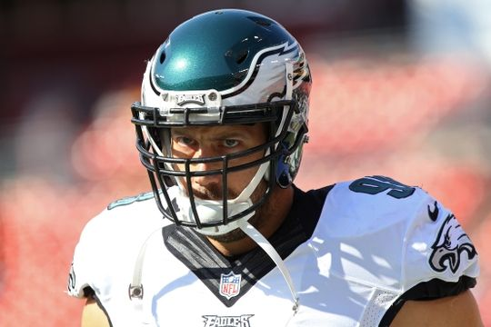 Eagles vs. Redskins:     October 16, 2016   -  27-20, Redskins  -     Oct 16, 2016; Landover, MD, USA; Philadelphia Eagles defensive end Connor Barwin (98) runs onto the field during warm ups prior to the Eagles' game against the Washington Redskins at FedEx Field. Mandatory Credit: Geoff Burke-USA TODAY Sports