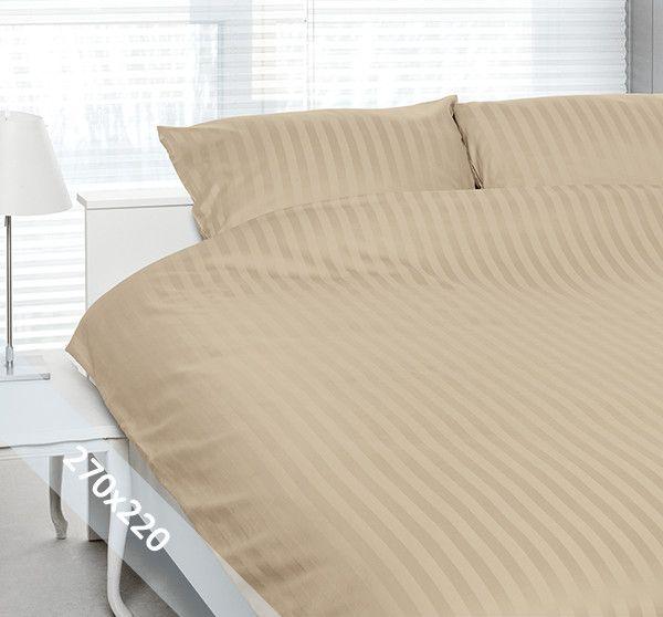 Satin d'Or 'streep' lits-jumeaux (270x220 cm) dekbedovertrek zand. Wentel je in het stijlvolle en luxe van een hotelsuite met dit dekbedovertrek van katoen satijn. Door verschillende weeftechnieken ontstaan de verschillende banen mat en glans.