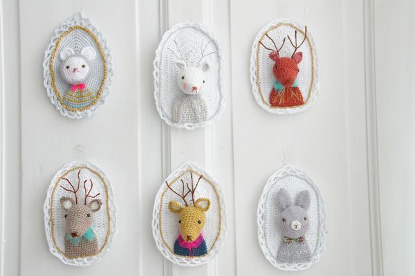 Crocheted Loveliness. NO pattern, just for inspiration only, and gee: it IS inspiring! Adorable!!! Thanks for idea xox