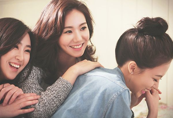 Friendship Snap photo by wooubi studio 우정사진 감성 스냅 사진 _ 우유비 스튜디오