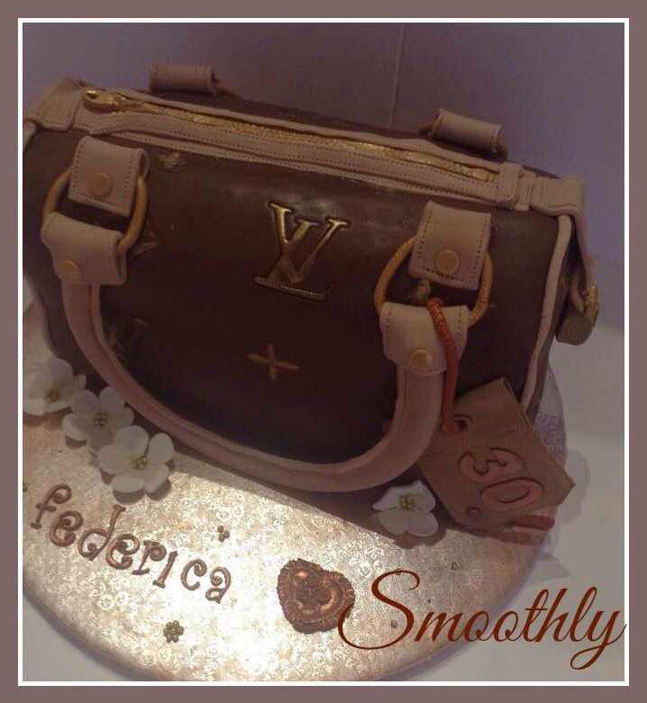 Eleganza cake by smoothly