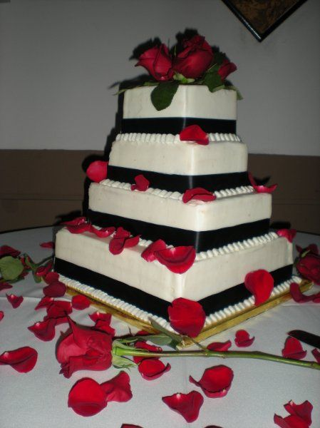 - Black Red Square wedding cake with red roses