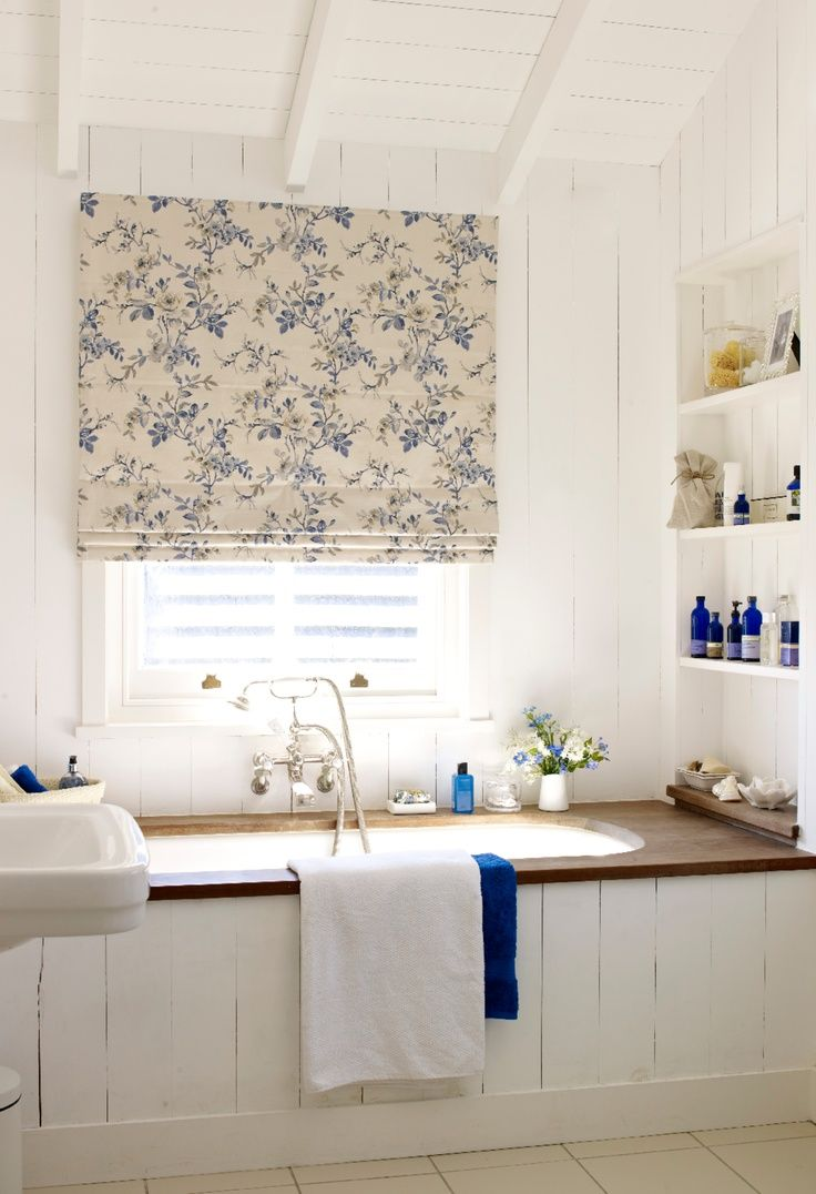 Best 25  Small roman blinds ideas on Pinterest   Roman shades  Patterned  roman shades and Kitchen window treatments. Best 25  Small roman blinds ideas on Pinterest   Roman shades