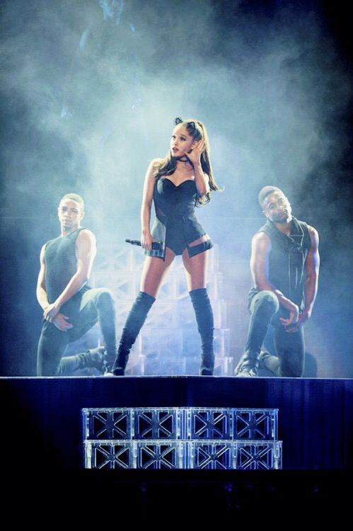 Ariana Grande Honeymoon Tour