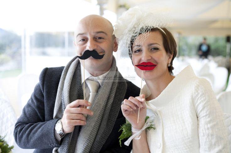 photobooth con gli sposi...l'idea originale per un matrimonio all'insegna della simpatia  http://www.nozzemeravigliose.it/matrimonio/fotografo/caserta/white-photography/306