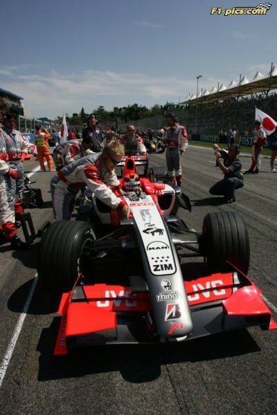 Christijan Albers on the grid ©MF1/Crashnet Media GP San Marino 2006